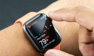 Thị trường đồng hồ thông minh tăng trưởng mạnh, Apple vẫn dẫn đầu