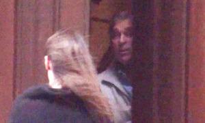 Hoàng tử Andrew lộ video ở biệt thự của tỷ phú ấu dâm Mỹ