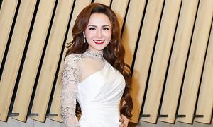 Diễm Hương thấy đăng quang Hoa hậu như trúng số độc đắc