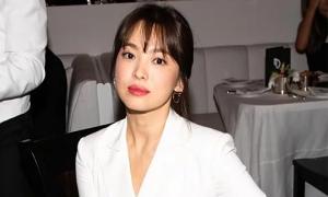 Song Hye Kyo ổn sau ly hôn