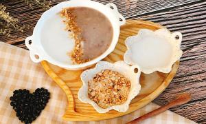 Cháo đậu đen cốt dừa