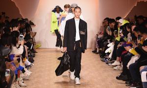 Li-Ning đưa phong cách 'ready to wear' tới Paris, New York