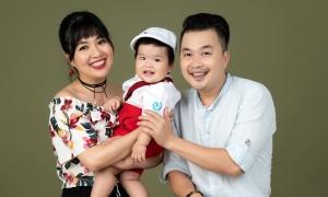 Con trai Lê Khánh tròn 1 tuổi