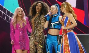 Spice Girls hủy lưu diễn Australia