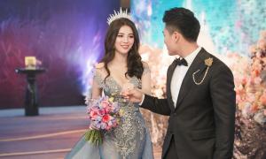 Rich kid Claret Giang Lê diện 2 váy cưới 350 triệu đồng