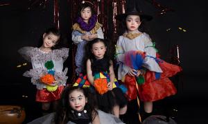 Mẫu nhí diện thời trang Halloween màu sắc