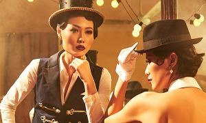 Mai Giang mặc áo dài lấy cảm hứng từ tuxedo