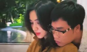 Hòa Minzy tình tứ bên bạn trai