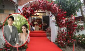 Không gian lễ thành hôn tông đỏ của Ông Cao Thắng