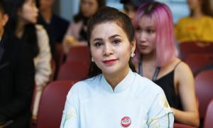 Bà Thảo 'Trung Nguyên' xin xử ly hôn công khai
