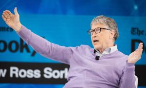 Bill Gates rửa bát để rèn tính khiêm tốn