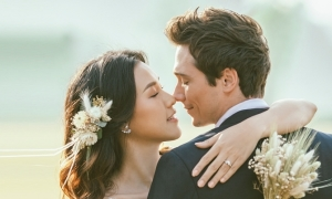 Vợ chồng Hoàng Oanh sốt siêu vi trước ngày cưới