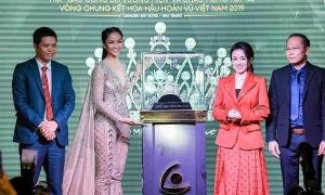 Vương miện Hoa hậu Hoàn vũ Việt Nam 2019 thực hiện trong 6 tháng