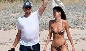 Bạn gái Leonardo DiCaprio phiền lòng vì bị phán xét
