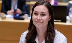 Nữ thủ tướng trẻ nhất thế giới lớn lên trong 'gia đình cầu vồng'