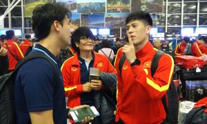 Đình Trọng nũng nịu ngày trở lại U22 Việt Nam