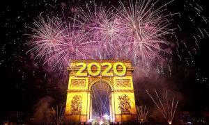 Thế giới chào năm 2020