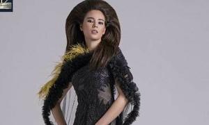 Hoa hậu Hoàn vũ Catriona Gray mặc váy của NTK Tuyết Lê