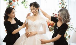 Cưới A-Z: Tư vấn váy cưới cho cô dâu gầy