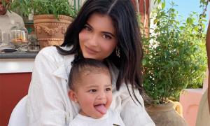Kylie Jenner lên kế hoạch đẻ 4 con