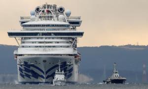Thêm 10 người trên du thuyền Nhật nhiễm nCoV