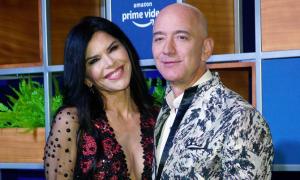 Tỷ phú Amazon đã đính hôn