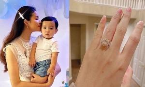 Bạn trai tặng Phạm Hương nhẫn kim cương