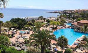 Khách sạn bị phong tỏa vì một khách nhiễm nCoV