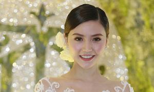 Ngọc Duyên rạng rỡ trong tiệc cưới ở Hà Nội