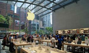 Apple, Google, Facebook cho nhân viên làm việc ở nhà