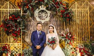 Tiệc cưới 'Người đẹp và quái vật' với nghìn đoá hồng nhung