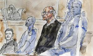 Bác sĩ phẫu thuật bị cáo buộc hiếp dâm 349 trẻ