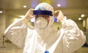 Hai điều dưỡng BV Bạch Mai nhiễm nCoV
