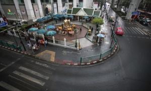 Bangkok yên tĩnh vì Covid-19