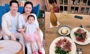 Sao Việt chăm người thân khi ở nhà tránh dịch
