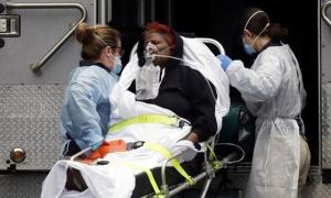 Nạn nhân Covid-19 chết không yên vì phí điều trị