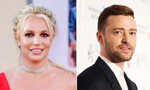 Britney Spears gọi tình cũ là 'thiên tài'