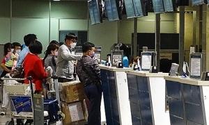 Giá vé máy bay nội địa tăng cao