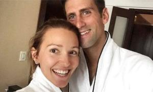 Vợ Djokovic bị 'ném đá' vì đăng tin giả về Covid-19