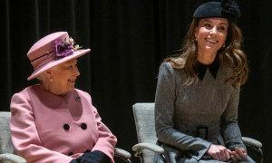 Quà đặc biệt Nữ hoàng tặng Kate nhân kỷ niệm ngày cưới