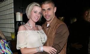 Vợ cựu tuyển thủ Anh bị bắt