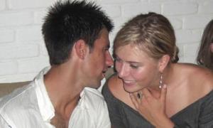 Djokovic và Sharapova từng 'hẹn hò ăn tối'