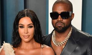 Vợ chồng Kim Kardashian bị đồn 'ly thân tại nhà'