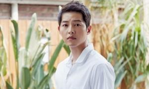Phim của Song Joong Ki bị đồn giải tán