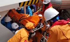 Tàu chở gas đâm chìm tàu cá, một người chết