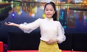 Cô bé 11 tuổi thấy cô độc vì ba quá nghiêm khắc