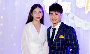 'Vua nhạc sàn' Lương Gia Huy khoe bạn gái kém 18 tuổi