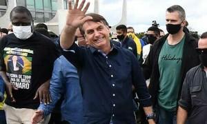 Tổng thống Brazil có thể bị phạt nếu không đeo khẩu trang