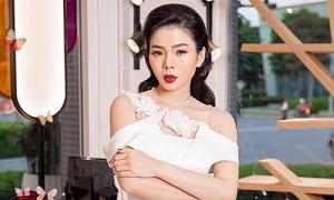 Lệ Quyên hát nhạc Phú Quang