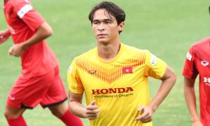Cầu thủ Việt kiều mái tóc lãng tử ở U22 Việt Nam